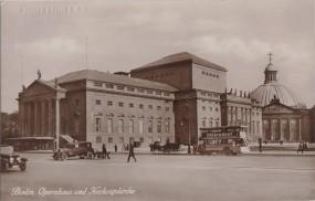 Berlin - Opernhaus und Hedwigskirche