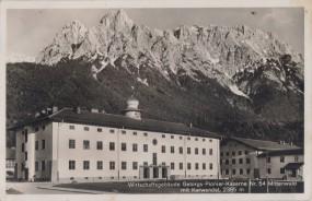 Mittenwald mit Karwendel - Wirtschaftsgebäude Gebirgs-Pionier-Kaserne